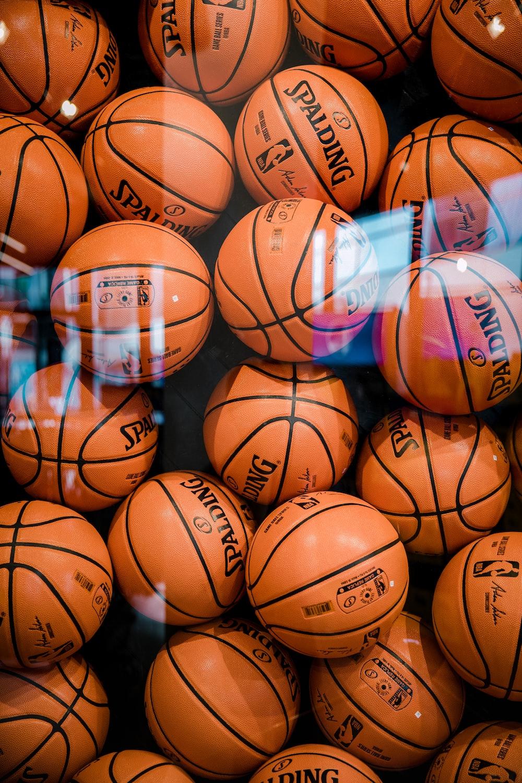 brown Spalding basketball lot