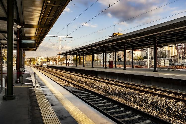 Chemin de fer. | Photo : Unsplash