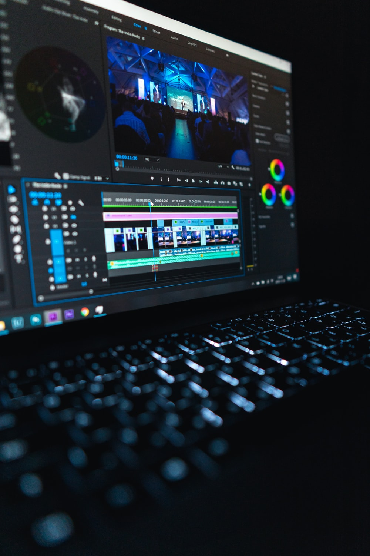 black laptop computer