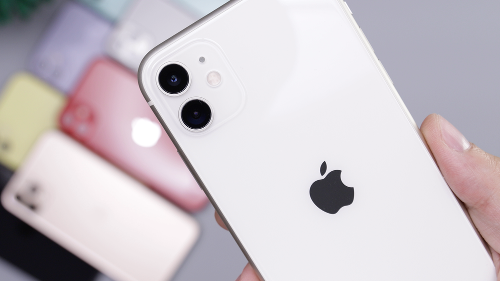 White Iphone 11 Pictures Download Free Images On Unsplash