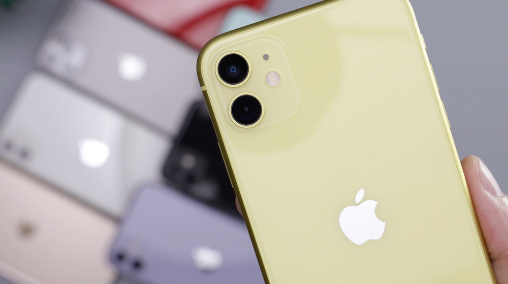 Yellow Iphone 11 Pictures Download Free Images On Unsplash