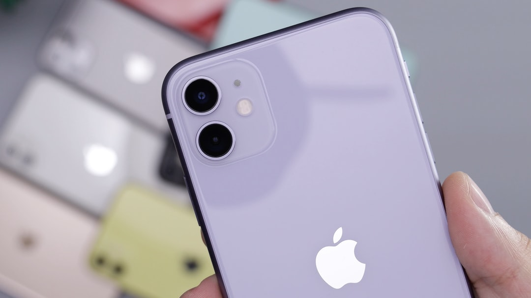 Purple Iphone 11 Pictures Download Free Images On Unsplash