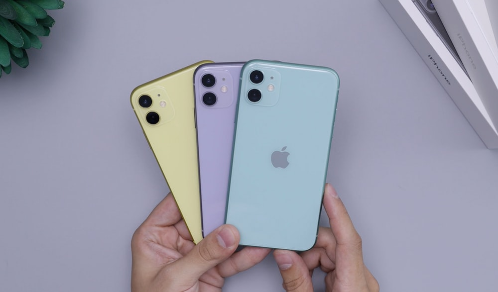 Purple Iphone 11 Pictures Download Free Images On Unsplash I was busy for a day, tired; purple iphone 11 pictures download