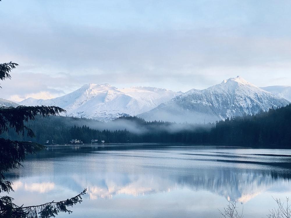mountain ranges near lake