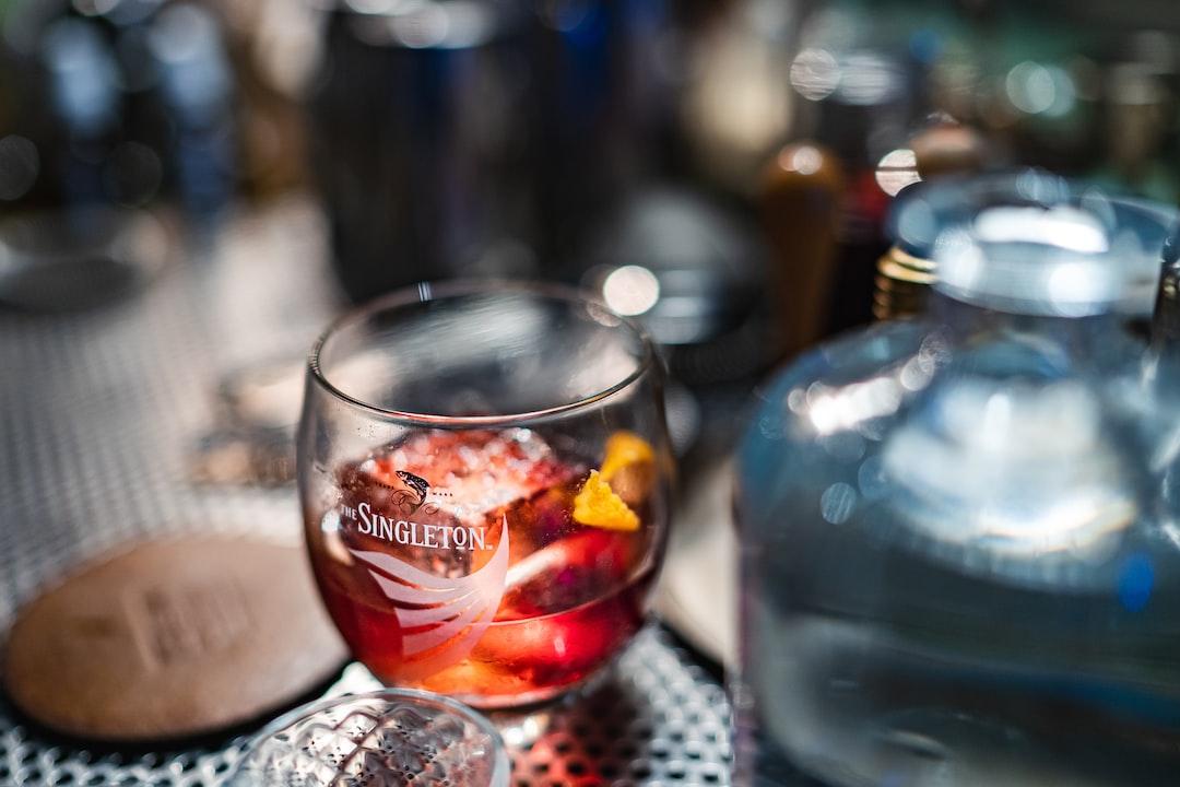 bar drinks Alcohol Beverage cocktail singleton whiskey