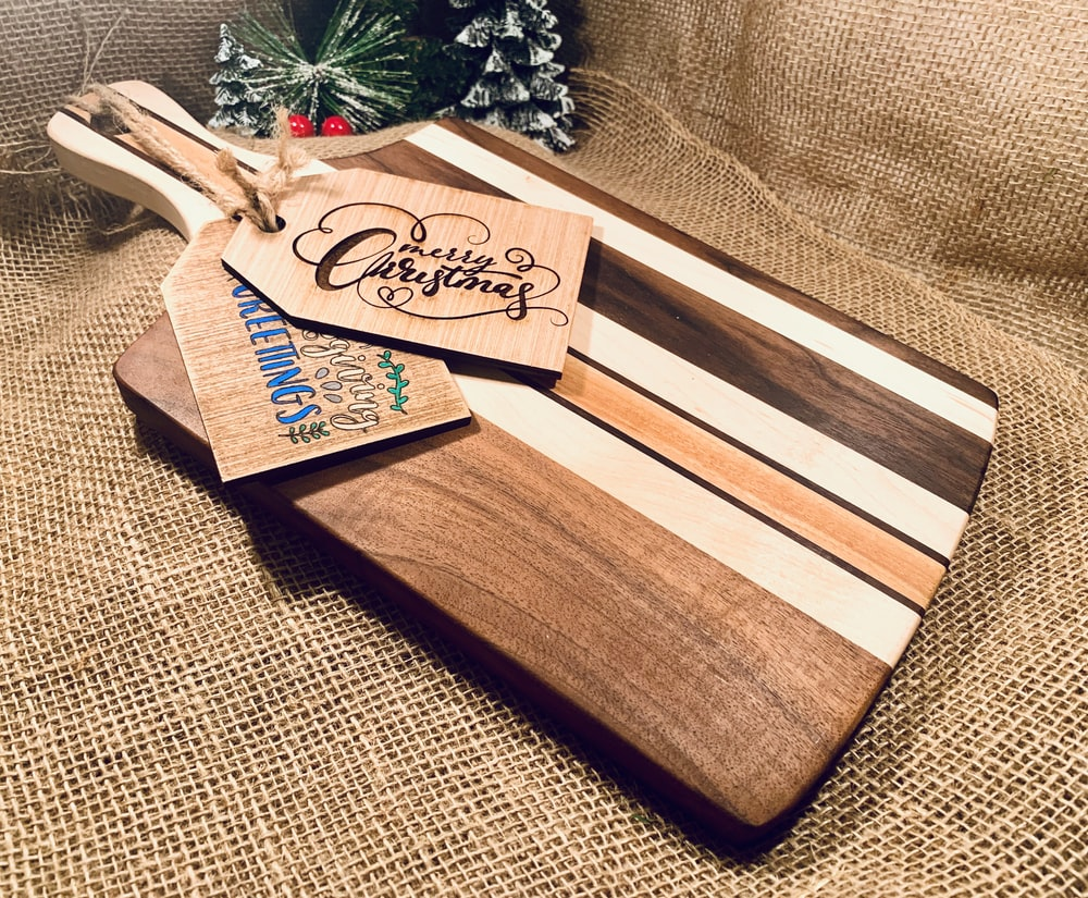 brown and white wooden chopping board