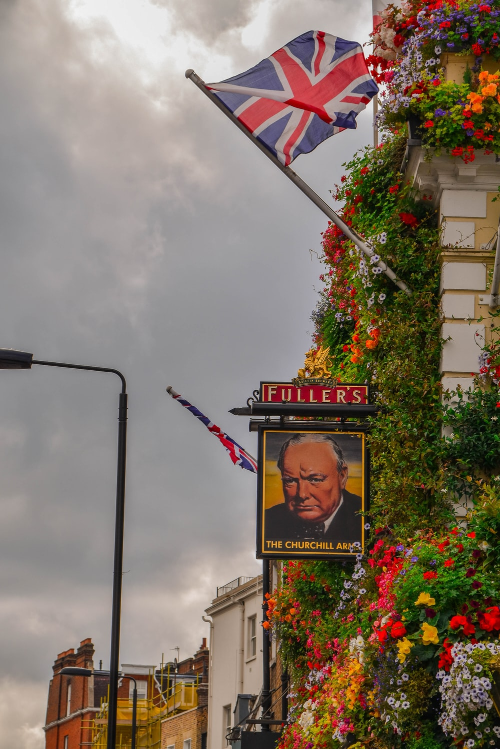 Fullers signage