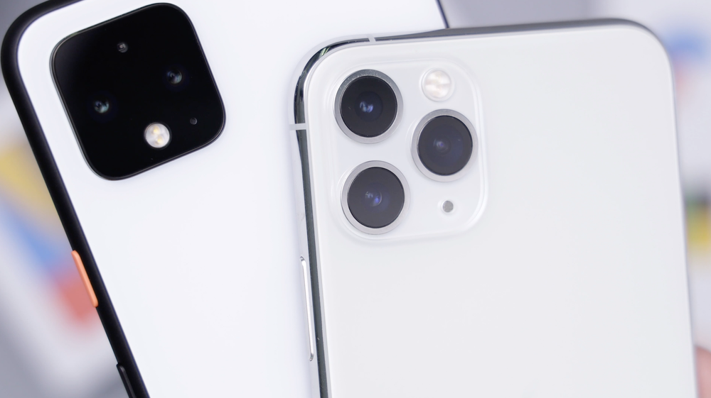 silver iPhone 11 and 11 Pro