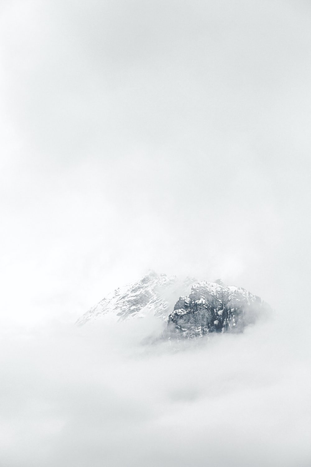 icy mountain scenery
