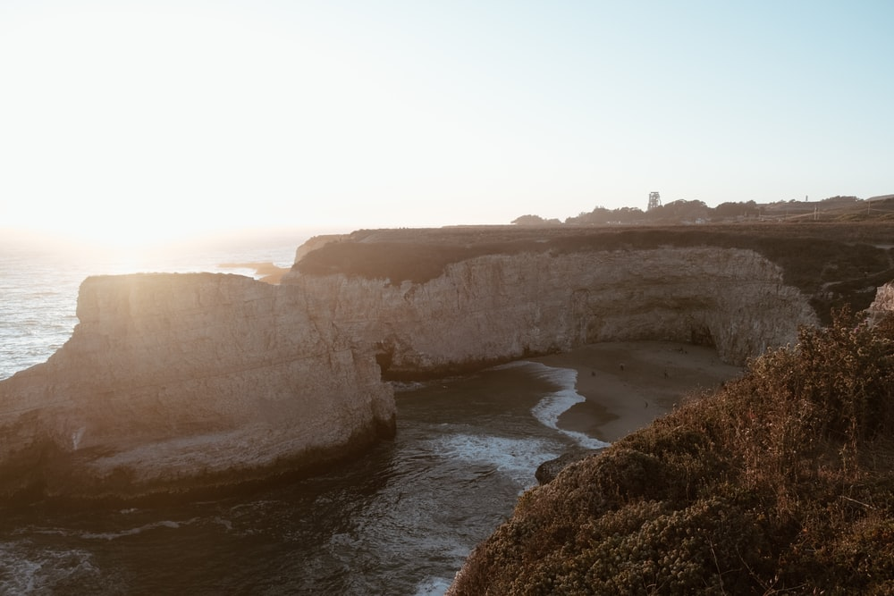 gray sea cliff during daytime