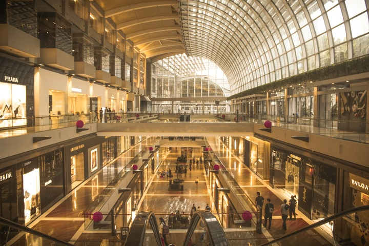 How to Shop the Right way in Singapore