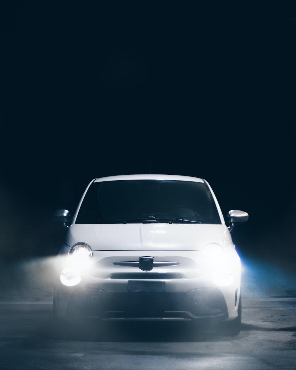white vehicle photograph