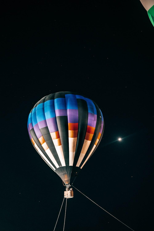 blue and purple hot air balloon