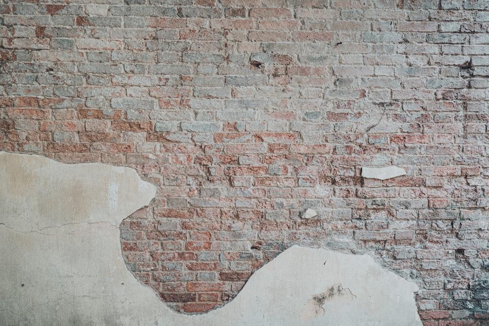 red and gray bricks wall