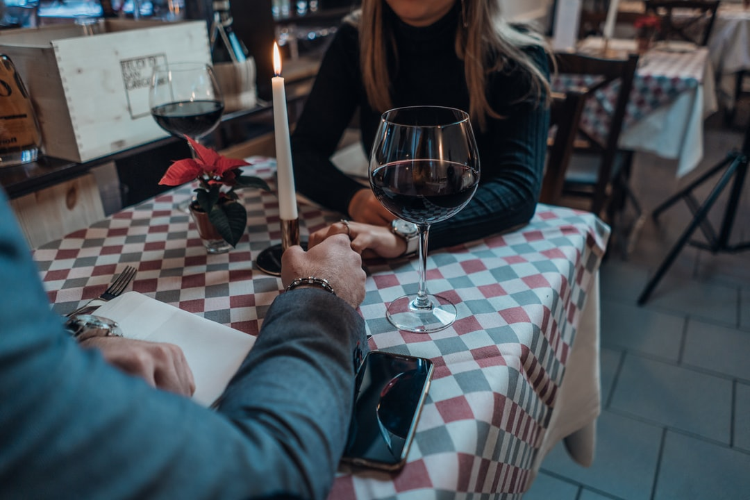 5 BIBLE VERSES THAT INSPIRE US TO FIND LOVE AND PURSUE CHRISTIAN DATING