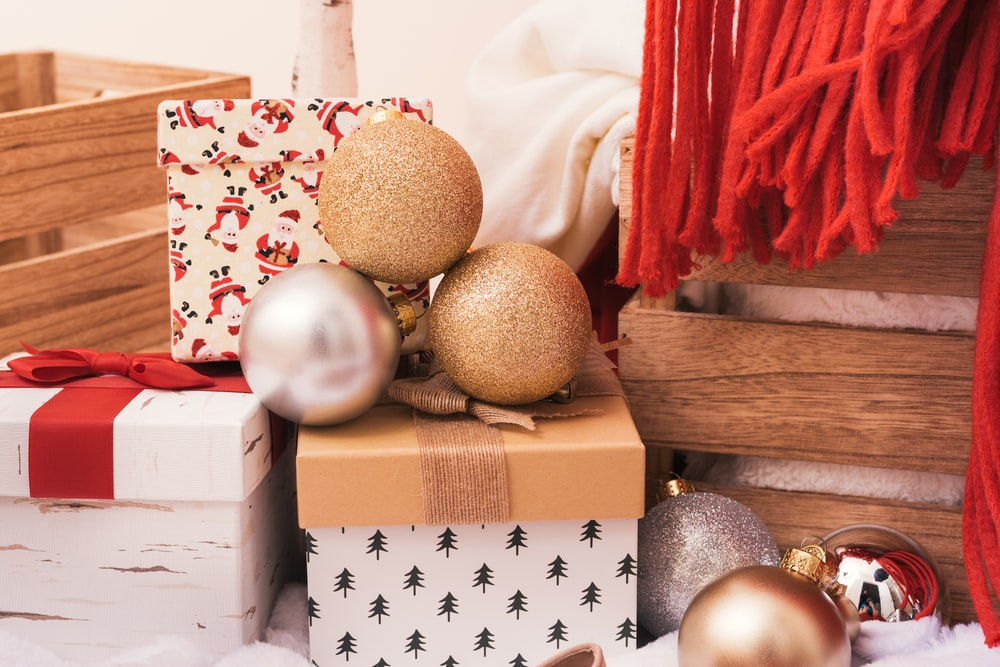 white and brown bauble balls