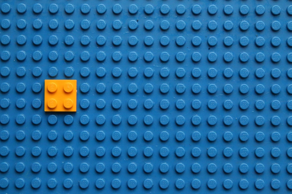 yellow and blue bricks