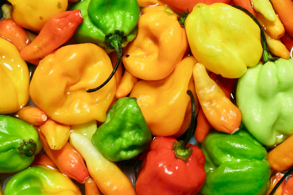pile of bell peppers