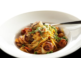 bowl of pasta with scallops