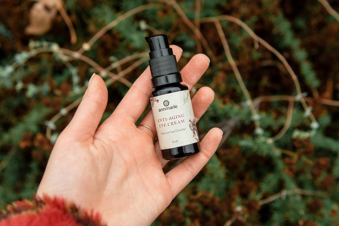 annmarie skin care anti-aging eye cream. annmariegianni.com