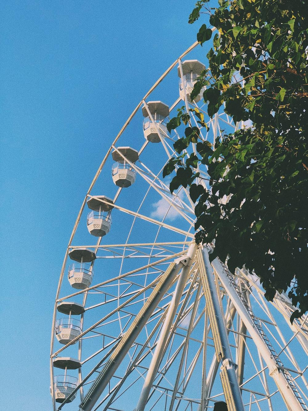 white steel Ferris wheel