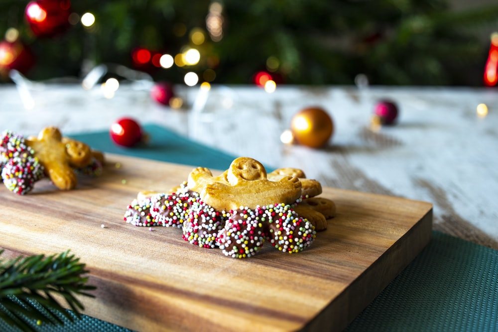 ginger bread cookie on chopping board