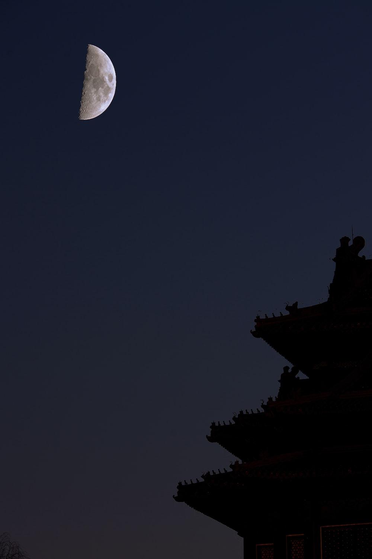 silhouette temple scenery