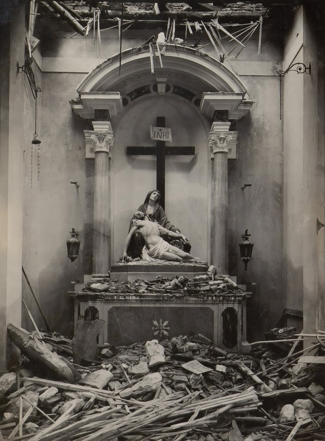 World War One Destruction, Altar in the church of Segusino