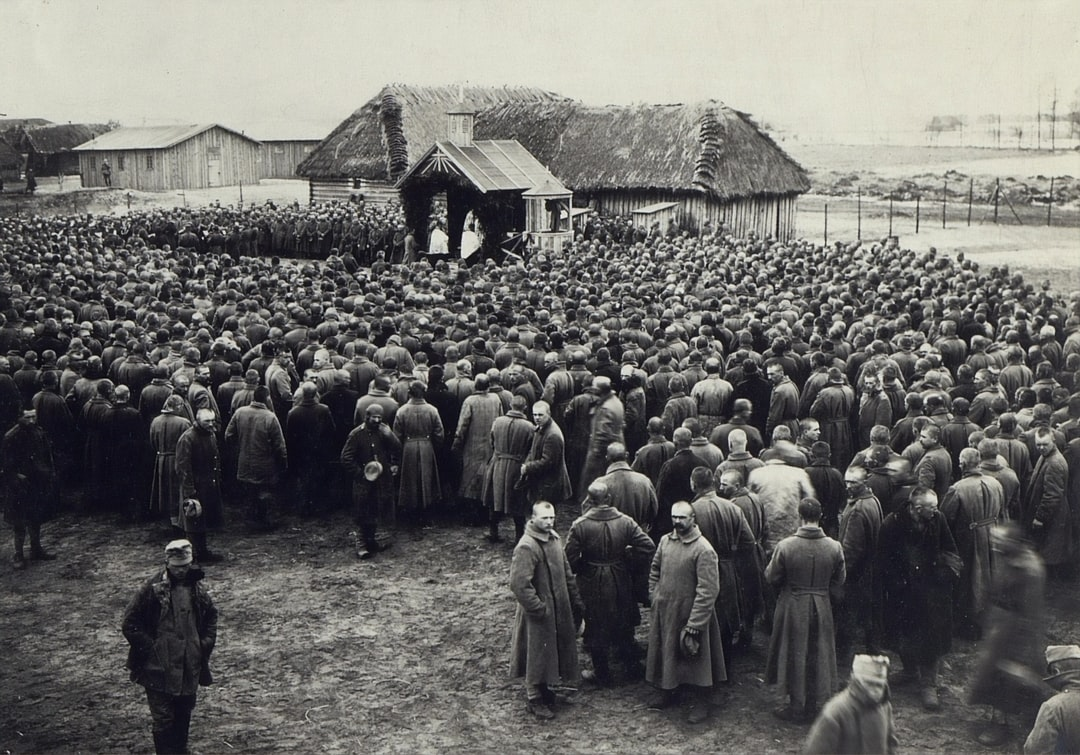 1917, Picture of life in the field and shelters at the Russian theater of war