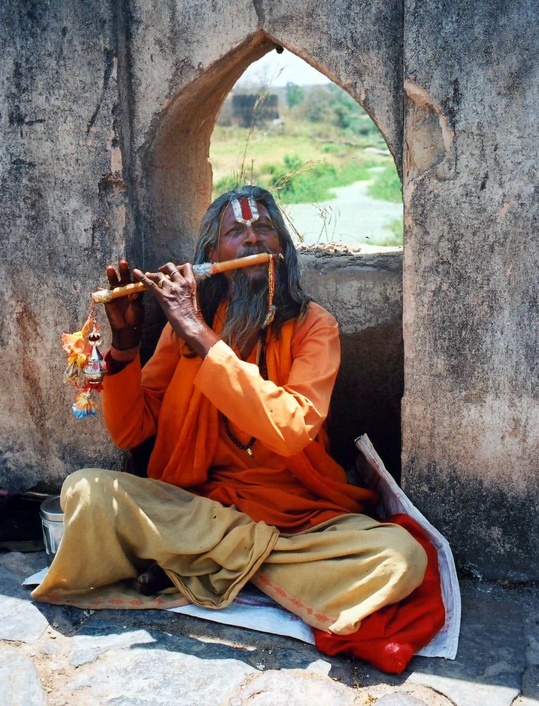 A street performer in India.