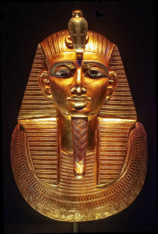 gold Tut ornament