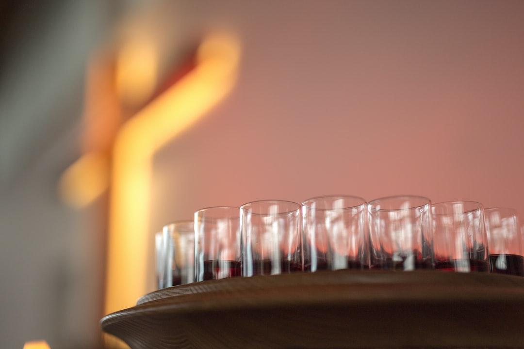Holy Communion, the Lord's Supper, Eucharist, wine, cross, Wein, Kreuz, Eucharistie, Abendmahl, church, congregation, Kirche, Gemeinde