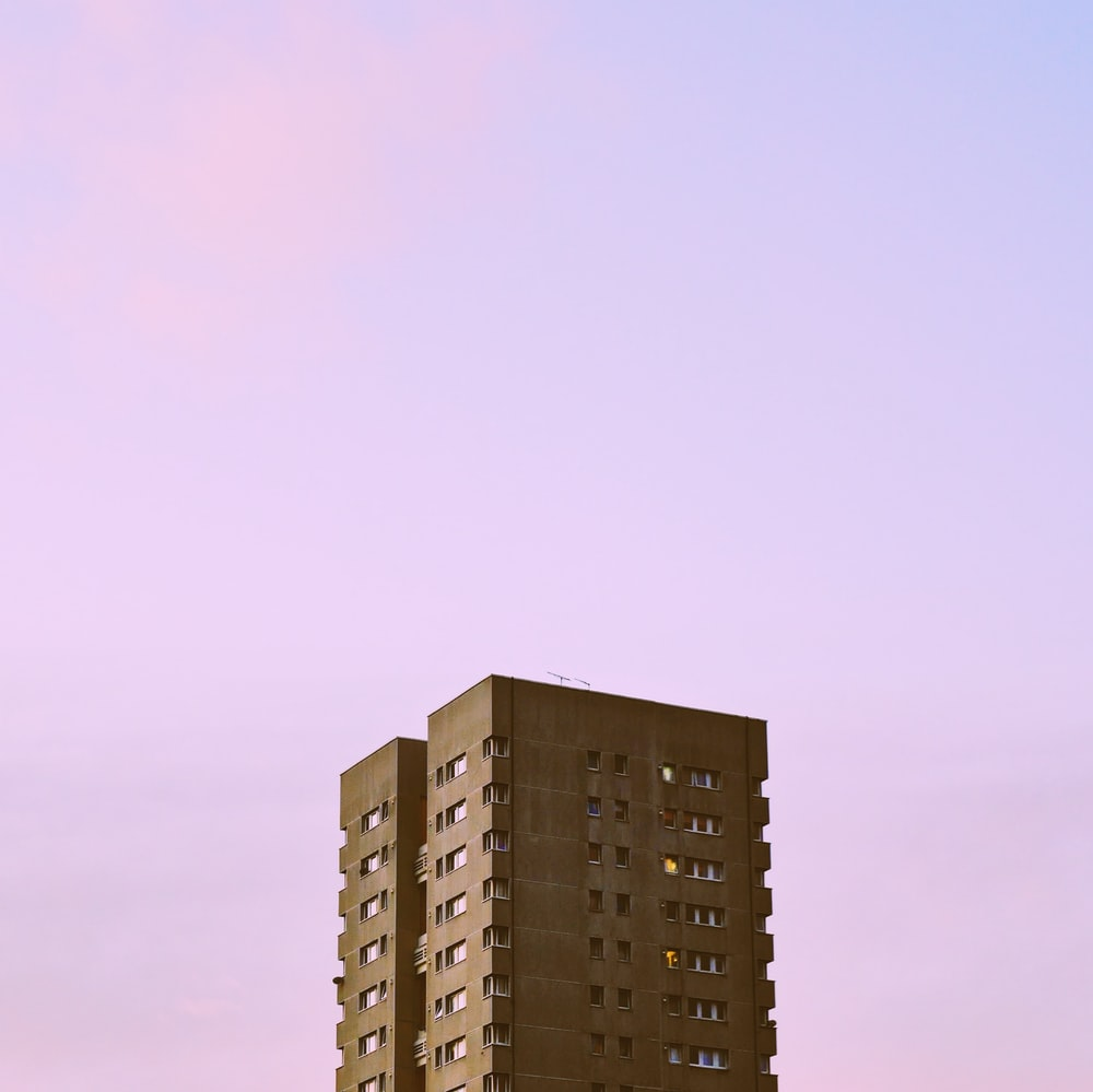 high-rise building during daytime