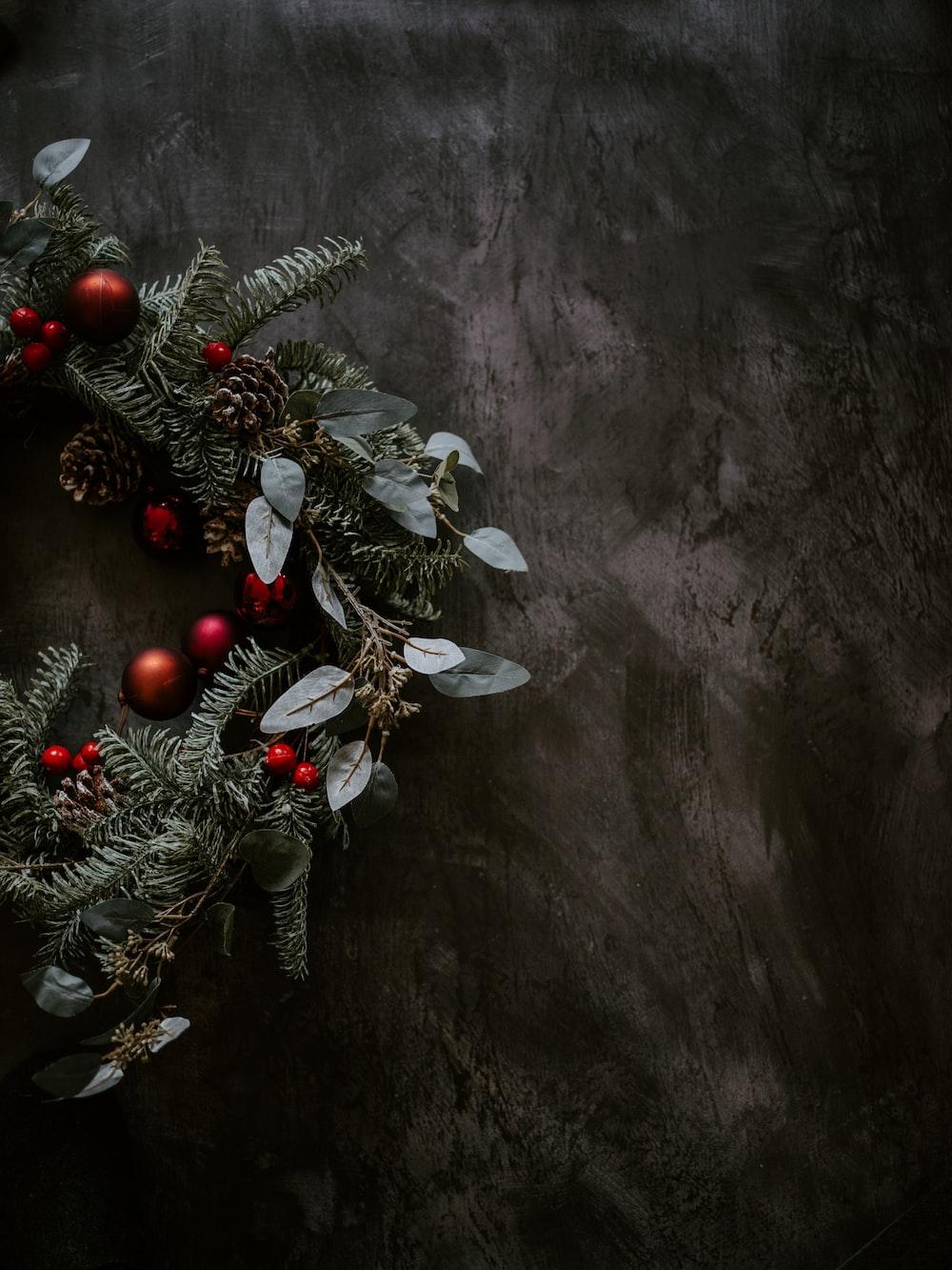 shallow focus photo of green wreath