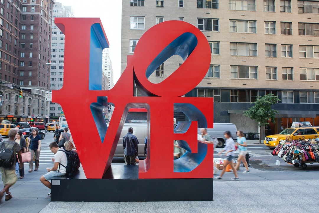 Robert Indiana, Love Sculpture