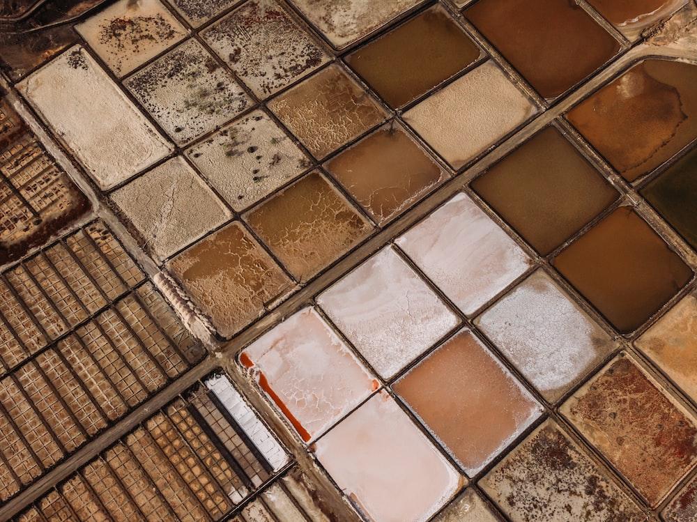 brown ceramic tiled surface
