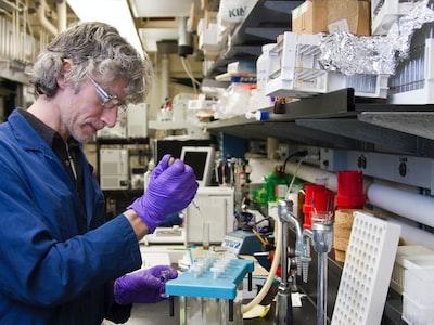 Coronavirus, gli anticorpi monoclonali la nuova arma