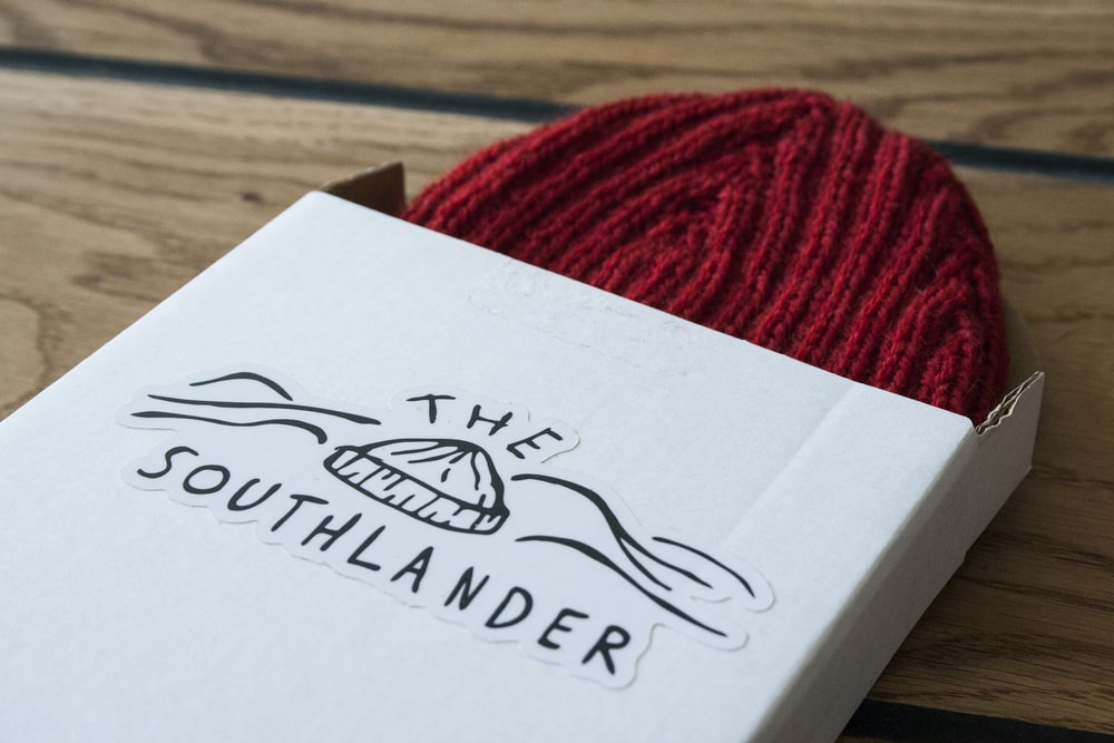 The Southlander knit cap with box