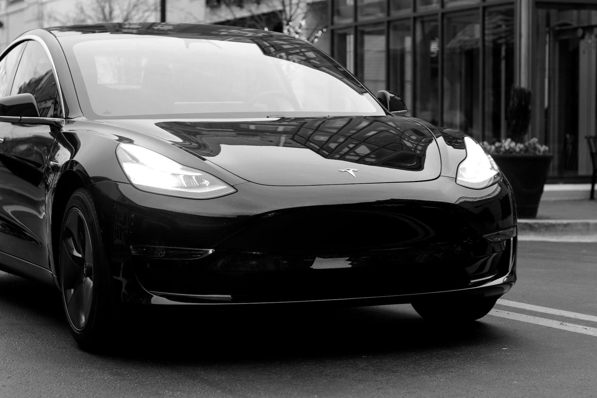 भारतीय बाजार में धूम मचाने को तैयार Tesla की कारें, कारखाना भी खुलेगा
