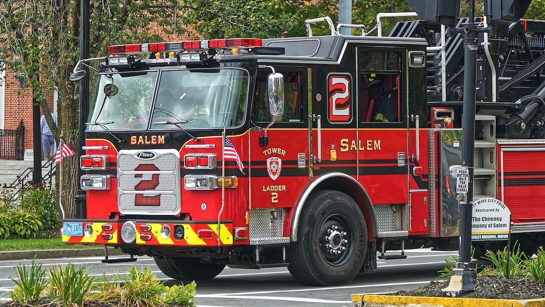 Camion de pompiers américains de la ville de Salem.