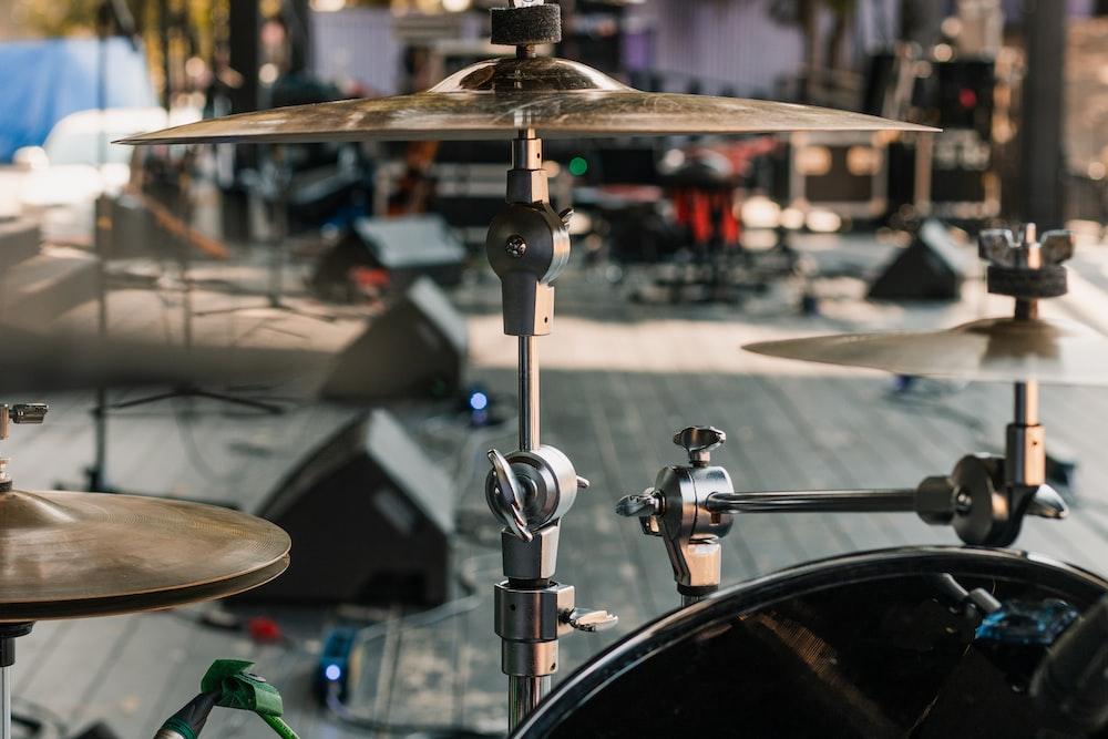 brown drum set