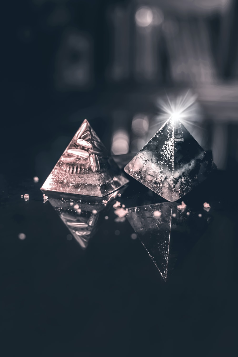 two pyramid table decors