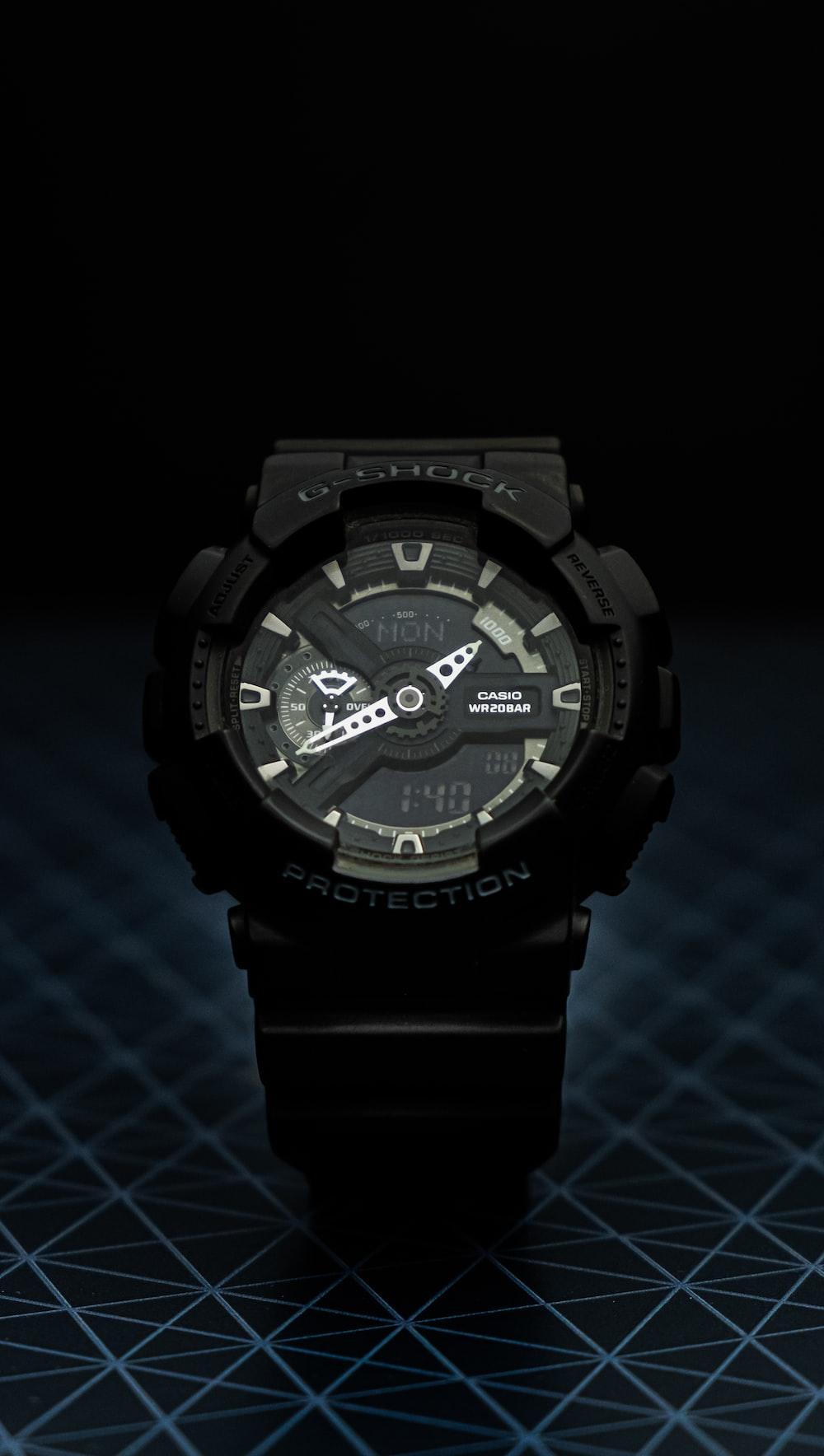 black Casio G-Shock sportwatch