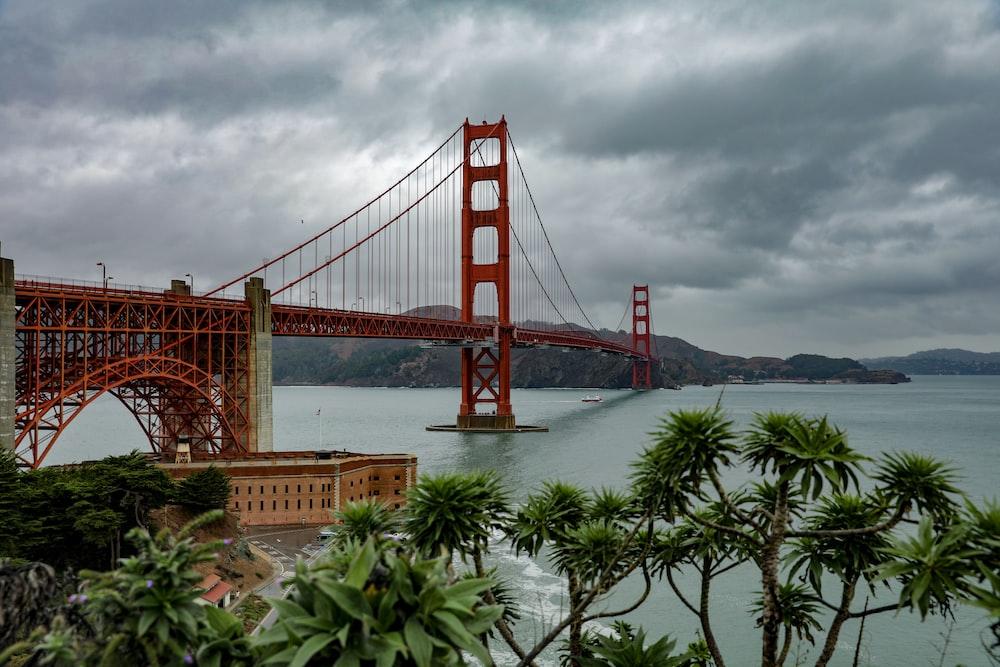 Golden Gate Bridge in USA under white and gray sky