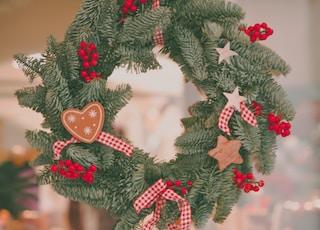 green christma wreath