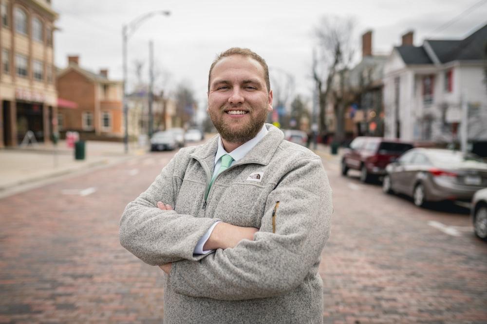 man wearing grey jacket