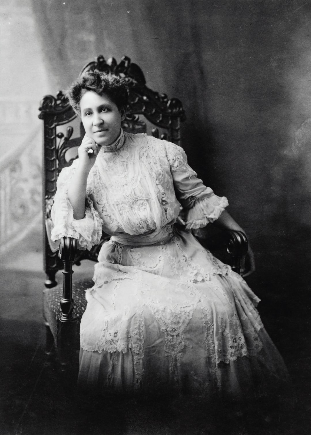 [Mary Church Terrell, three-quarter length portrait, seated, facing front]. Photograph from the Biographical Collection, [between 1880 and 1900, printed later]. Library of Congress Prints & Photographs Division.   https://www.loc.gov/item/97500102/
