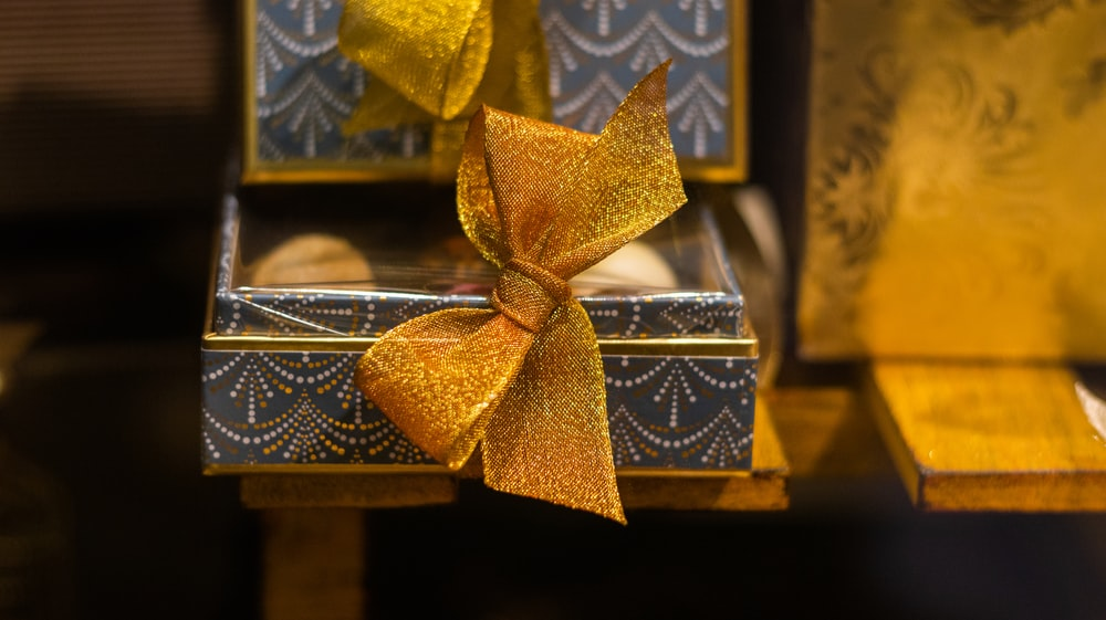 gold and blue box