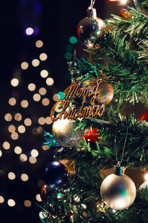 gold Merry Christmas decor