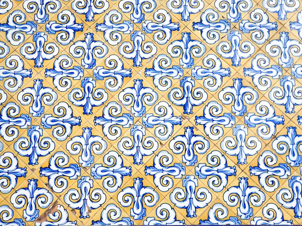 yellow and blue wallpaper